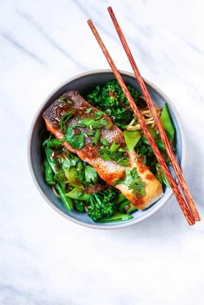 CRISPY SKIN SALMON WITH VEGGIES AND NOODLES