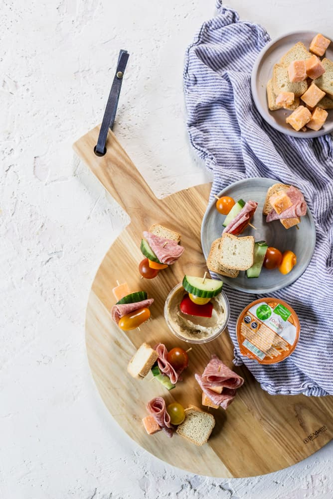 LUNCH KABOBS with meat, cheese, veggies and hummus by lenaskitchenblog.com