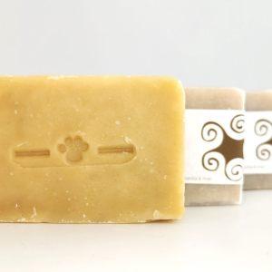 Jabón sólido natral para perros y gatos