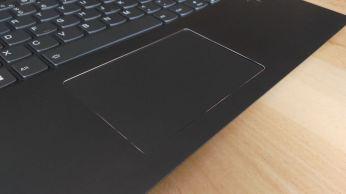 Elegantní a příjemný touchpad