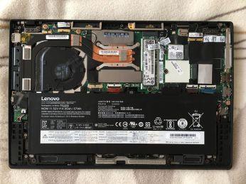 X1 Carbon 6thGen vnitřek