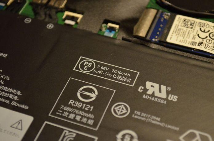 Detail baterie.