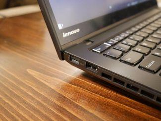 USB-C mod, ThinkPad T450s. Zdroj: Reddit