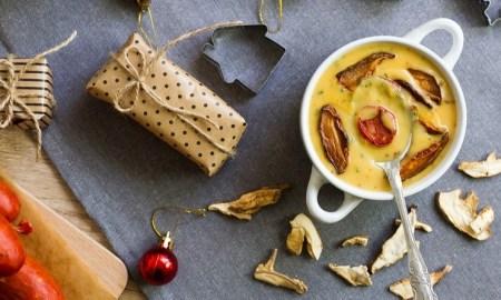 Hríbová polievka na vianočný stôl