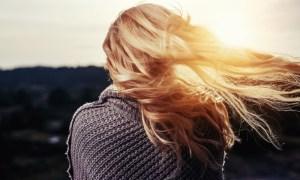 Akí by sme mali byť? Mali by sme byť dobrí? Mali by sme byť slušní? Mali by sme byť stále vysmiati ašťastní? Mali by sme byť dokonalí?