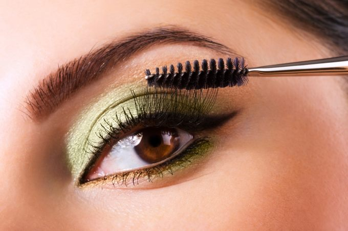 how to use makeup to enhance your eye color   eyestyle blog