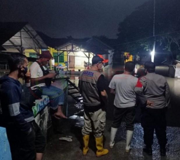 LensaHukum.co.id - Screenshot 20210207 234052 WhatsApp - Miris Wilayah Kabupaten Bekasi Sering Di Landa Banjir, Semoga Bupati H. Eka Supria Atmaja,SH Bisa Cari Solusinya