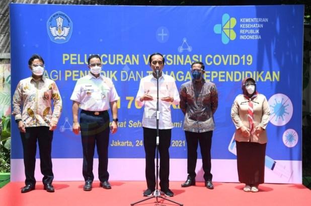 LensaHukum.co.id - Screenshot 20210226 181327 WhatsApp - Presiden Joko Widodo Tinjau Vaksinasi Massal di SMAN 70 Jakarta
