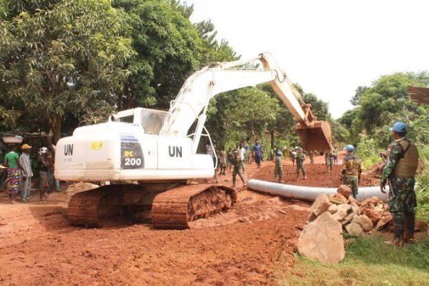 TNI Perbaiki Jalan Sepanjang 78 Km di Afrika Tengah