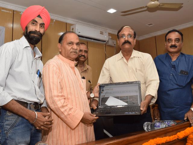 Lens Eye Hindi Launched