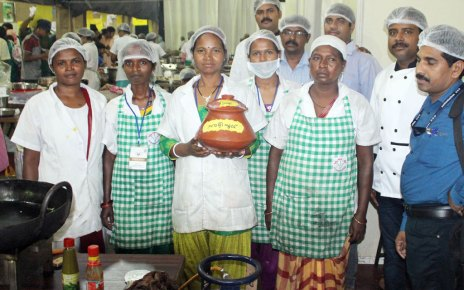 dishes of jharkhand rocked in Kerala's India Food court