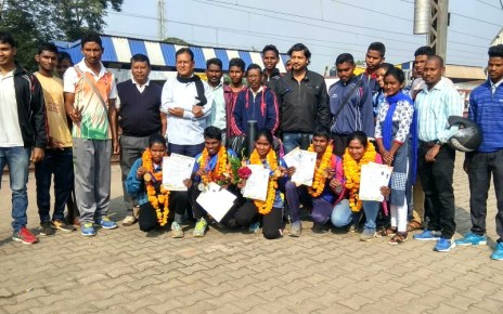 Warm welcome to archery team in chaibasa