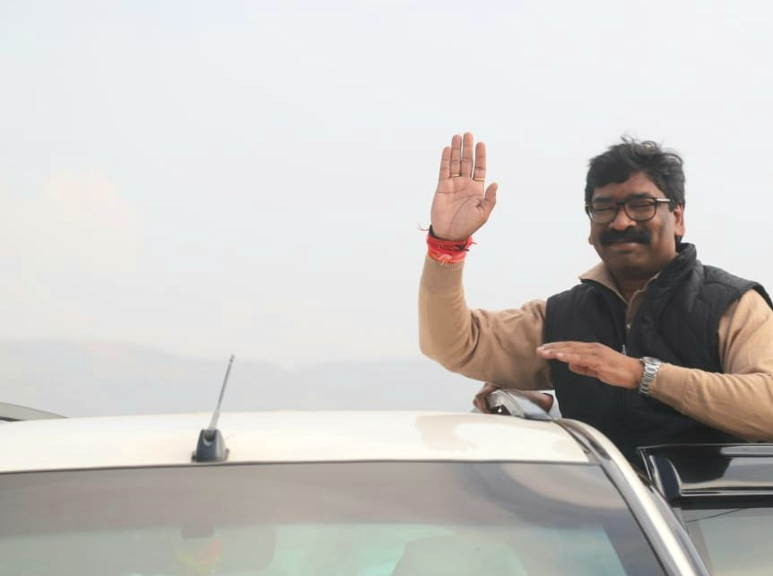 I will not work as a cm but as a son, brother and a friend : hemant Soren