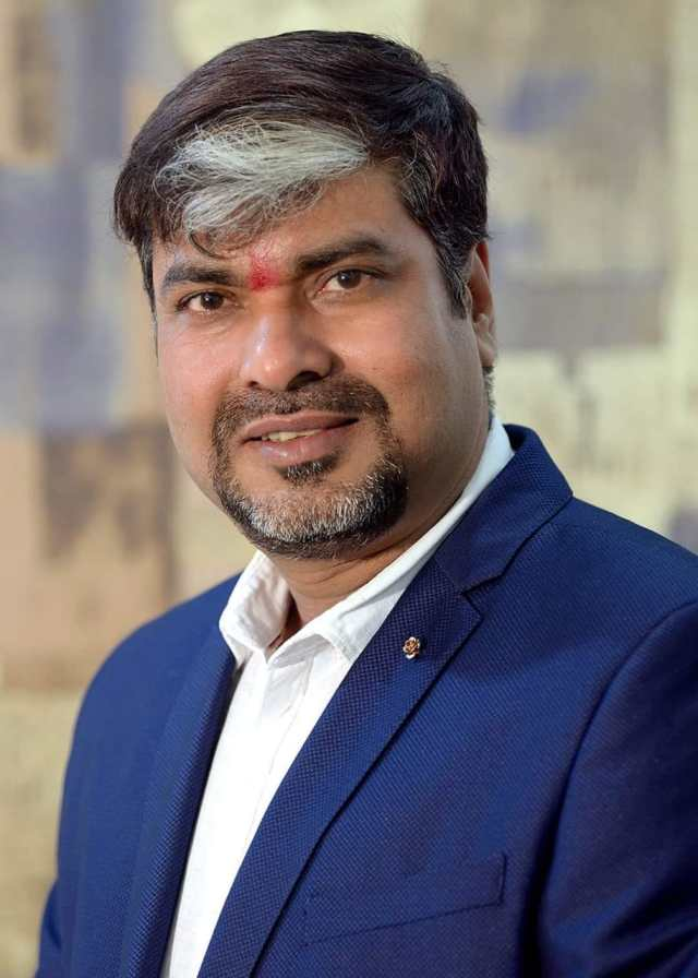 Bapi ghoshal of Dhanbad became vice president of all india photographer's Federation