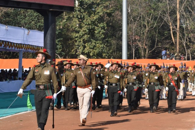 Mindblowing performance by various battalions parade in mirhabadi maidan