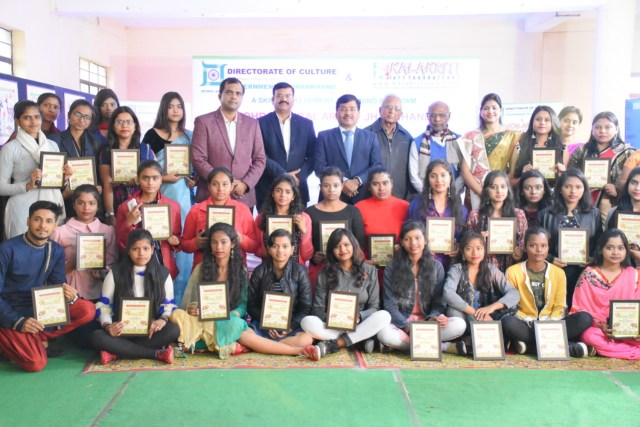Three days sohrai painting training workshop concluded