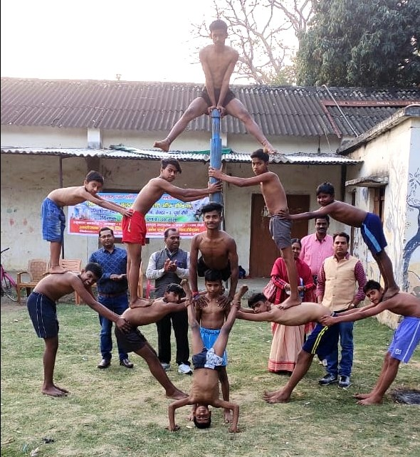 Seventh Jharkhand state boys girls malkhamb competition started.