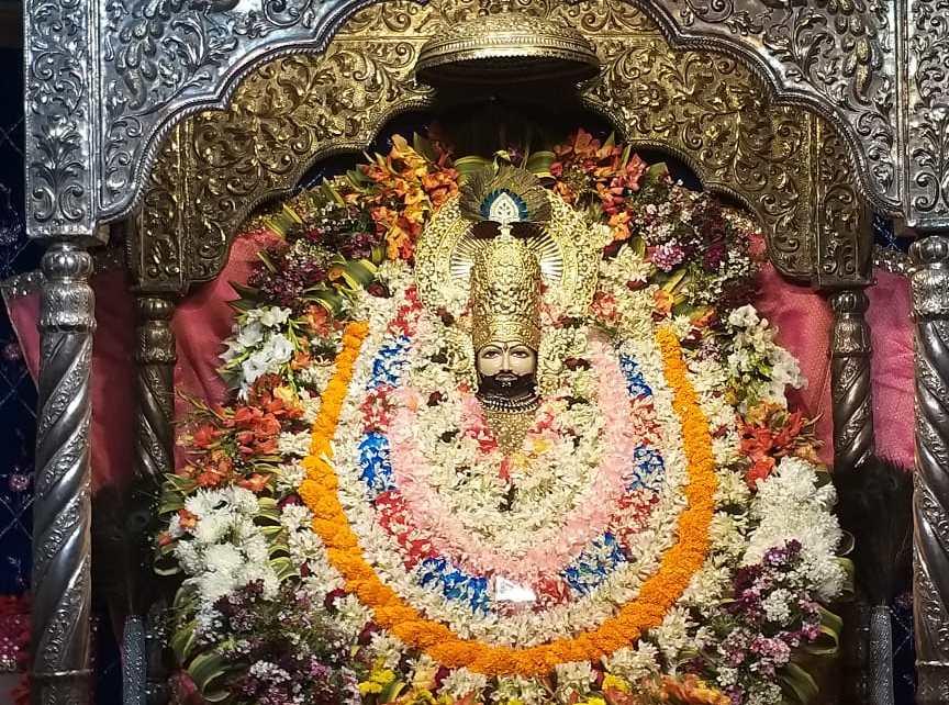 Nishan pujan on occassion of vijya ekadashi in sri shyam mandir