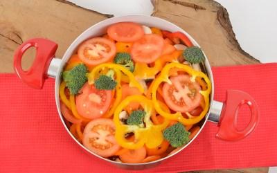 Kochtopf mit Gemüse knackig und frisch