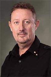 John Gledhill (Presiden Komisaris Sampoerna)