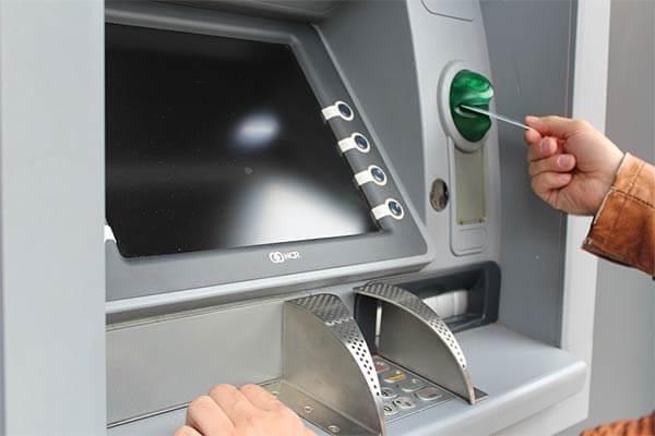 Masalah Transaksi di ATM