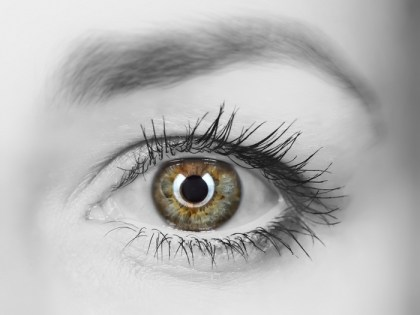 olho com reflexo