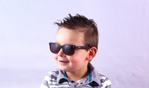 Ray-Ban infantil  Conheça coleção Ray-Ban Junior   Lentes e Óculos ... 50a35d98e6