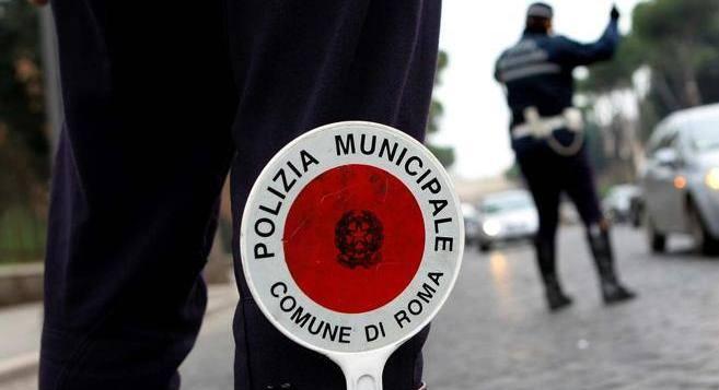 Segnala infrazioni e mancanze con l'app Vigilo a Roma