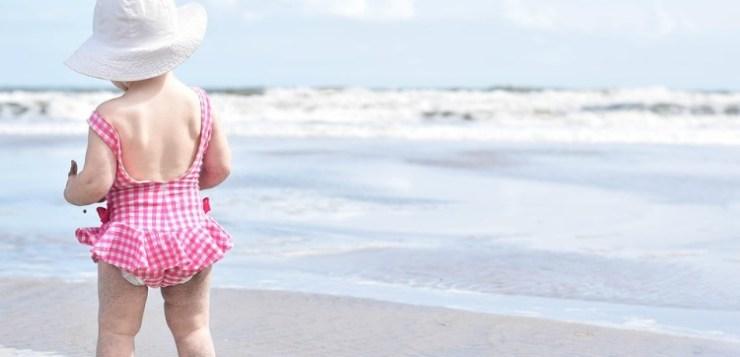 Bambini in Italia: uno su quattro prende troppo sole