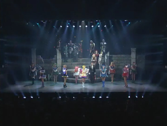 Sera Myu Marinamoon Final Cast Moments during the last on-stage song.