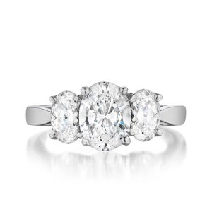 leo-ingwer-custom-diamond-engagement-three-stone-oval-front-LET1102