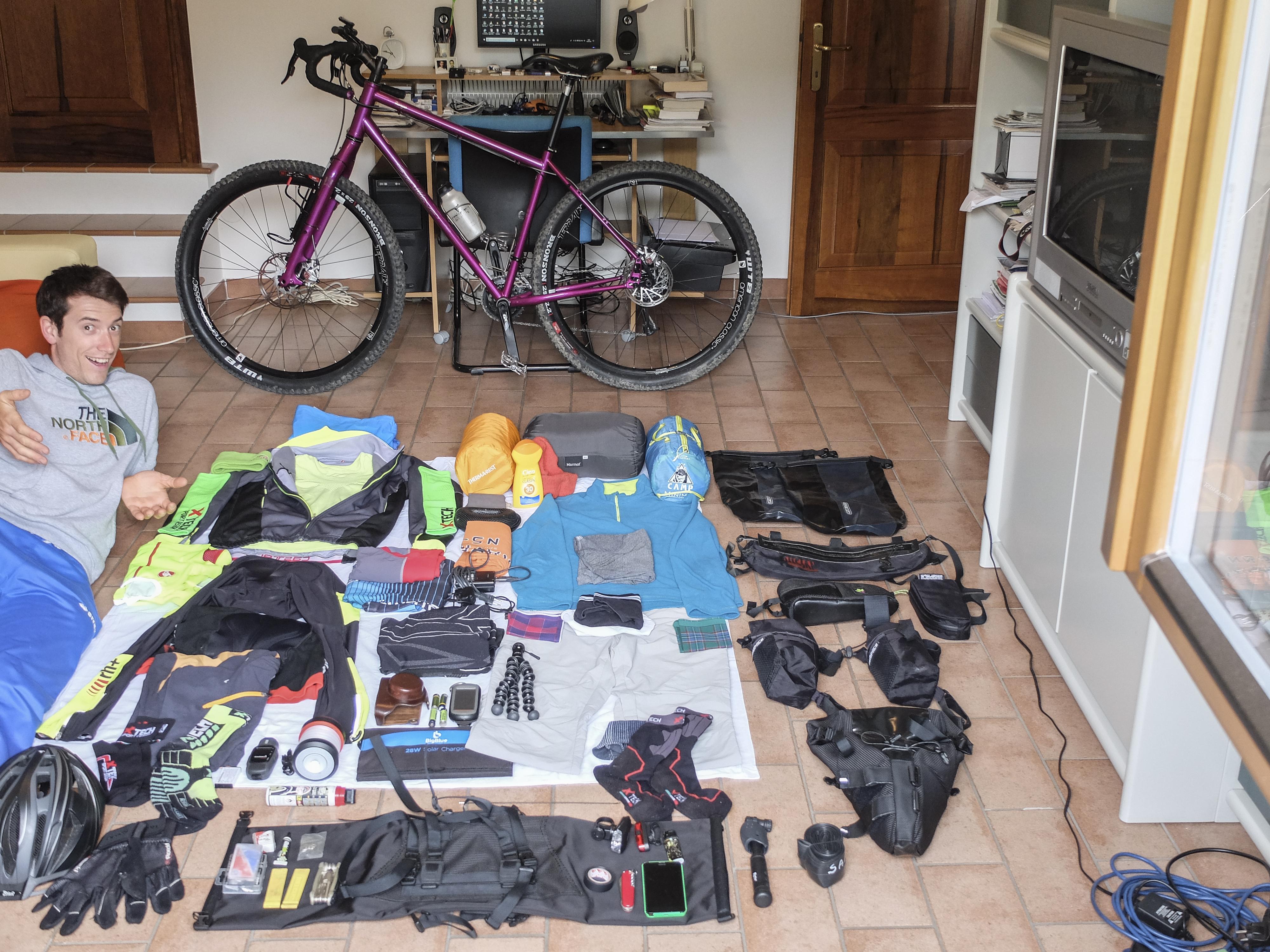Cuscino Da Viaggio Gonfiabile Decathlon.Bikepacking Dalla A Alla Z Guida Completa Per Cicloviaggiatori