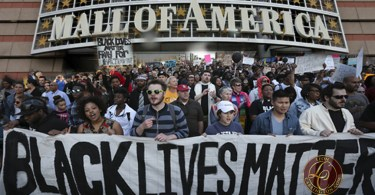 black lives matter - mall of america