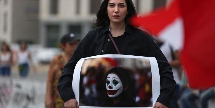Le Joker en tant que figure révolutionnaire est populaire dans les manifestations libanaises / Patrick BAZ / AFP]