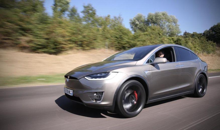 A Tesla Model X / LP / Yann Foreix