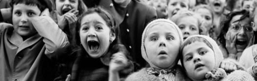 cropped-Alfred-Eisenstaedt-Puppet-theatre1.jpg
