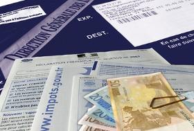 Payer ses impôts en espèces sera interdit, au-delà de 300 €