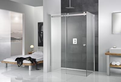 Remplacer une baignoire par une douche : une cabine place pour place