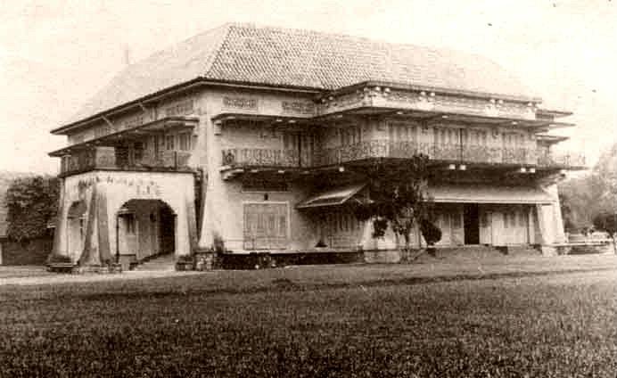 Istana terbiar di Singapura ini bernilai 14.2 bilion dan pemiliknya ialah Tunku Mahkota Johor