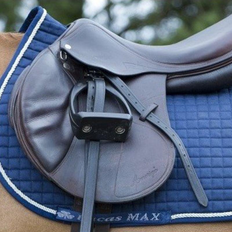 https www lepaturon com tapis de selle 9497 tapis selle cheval max classique bucas html