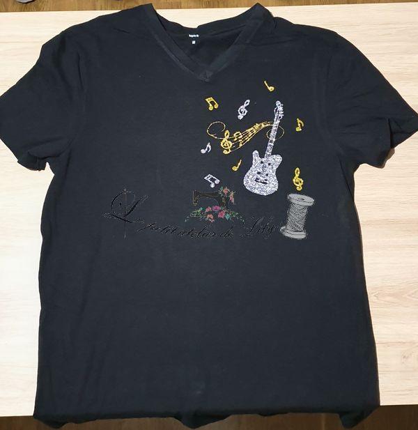 Le petit atelier de lily tee shirt personnalisé guitare note de musique