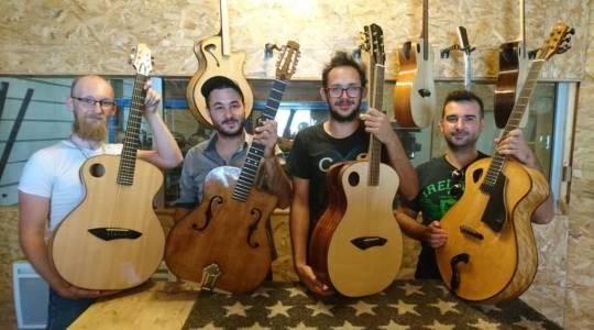 Echos d'artistes présente ses guitares