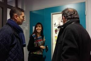 Sylvie Malgouyres directrice des lieux, accueille Louis Laugier et J.Paul Peyrac.