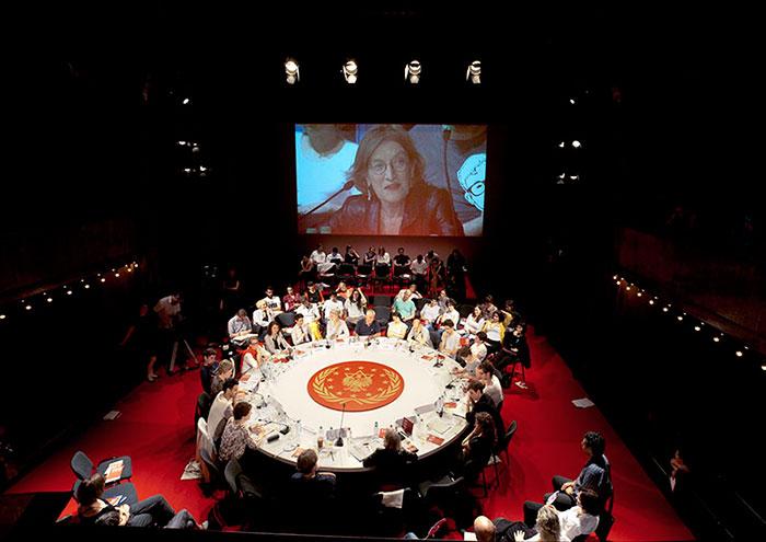 Yael Bartana - The First International Congress of the Jewish Renaissance Movement in Poland at the Berlin Biennial, 2012, vidéo still, courtesy the artist and Bartana Studio