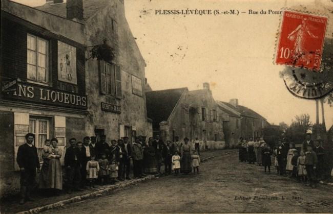 Rue du pomeret Le Plessis l'Evêque