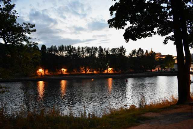 Kampa di notte - Praga -Le Plume
