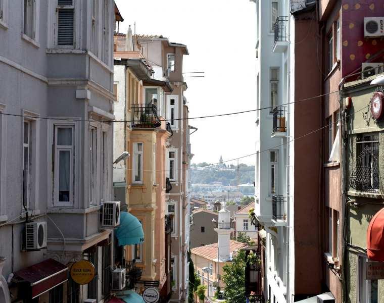 Istanbul, La città nuova - Le Plume