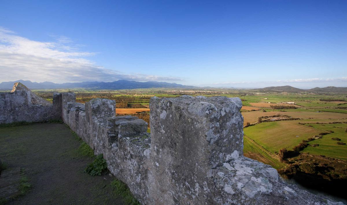 Castello Acquafredda - luoghi che voglio visitare in Sardegna - Le Plume