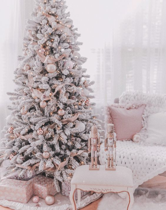 Natale rosa - I colori del Natale - Le Plume