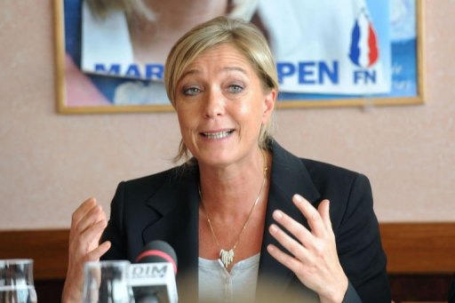 "Annonce de menaces d'attentats : ""une diversion"", selon Marine Le Pen"